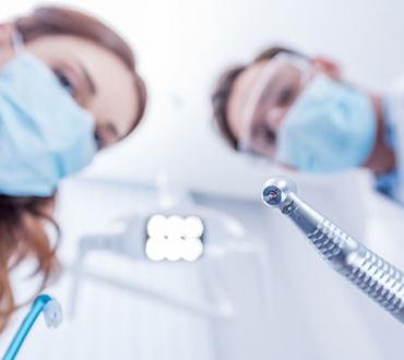 טיפולי שיניים בהרדמה מלאה – כל מה שחשוב לדעת